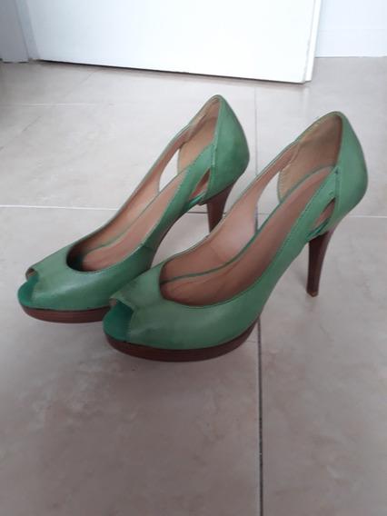 Zapatos Zara. Una Sola Puesta. Excelente Estado. Liquido. 39