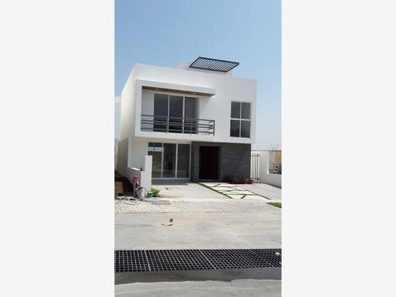 Casa Sola En Renta San Isidro Juriquilla