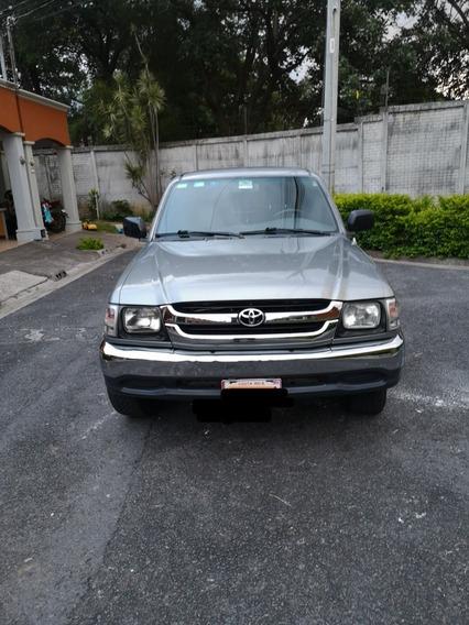 Toyota Hilux Japon