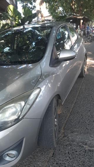Mazda 2 Mod 2012 - Automático