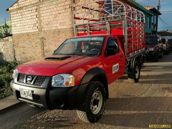 Nissan Frontier Estacas 4x4 2.5cc Mt Aa