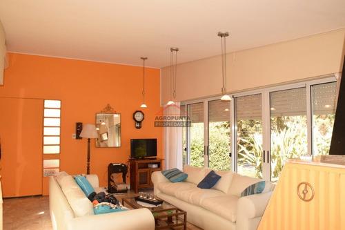 Casa En San Rafael, 4 Dormitorios - Ref: 3406