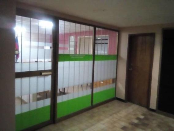 Oficina En Venta En Barquisimeto Centro 19-8895 Rb