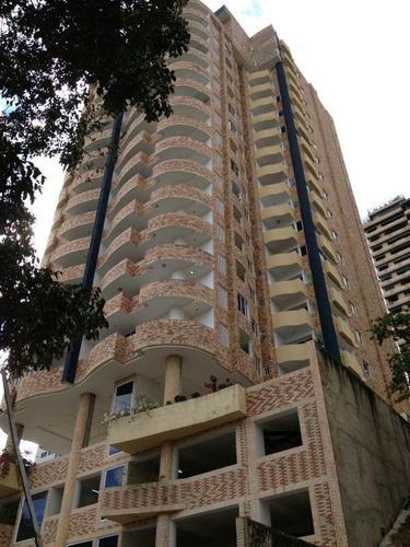 Imagen 1 de 14 de Assad Garden. Apartamento 3 Habitaciones + Den 3 Baños Y 1/2