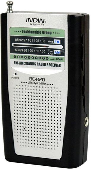Radio Portátil Am Fm Funciona Con 2 Pilas Aaa Incluidas Clip