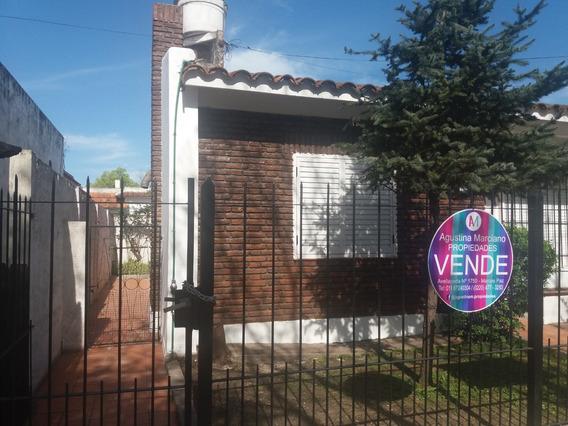 Casa Céntrica En Marcos Paz. Apta Profesional!
