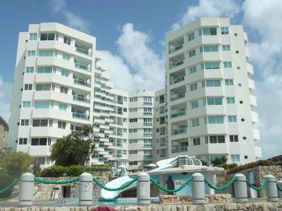 Venta Prestigioso Apartamento Vista Al Mar Tucacas Rbt