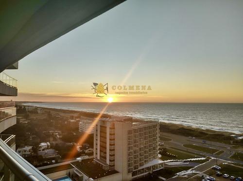 Apartamento En Punta Del Este, Brava- Ref: 3898