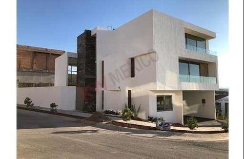 Casa En Venta Con Entrega En Octubre, Privada Tres Marías #53, Club De Golf La Loma, San Luis Potosí, $8,450,000.00