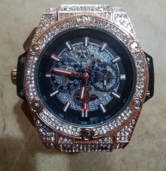 Relogio Harley Quartz Com Diamantes Sint.pulseira Borracha