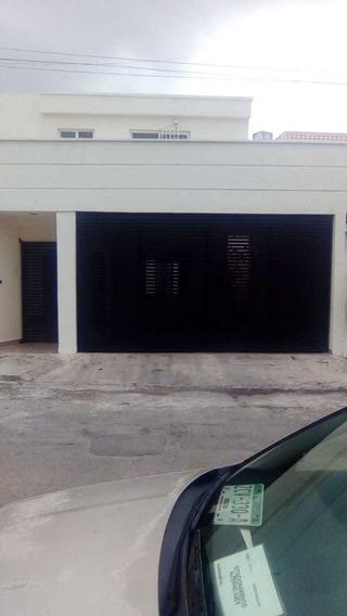 Venta De Casa En Vista Alegre, Dentro De Fraccionamiento El Arco