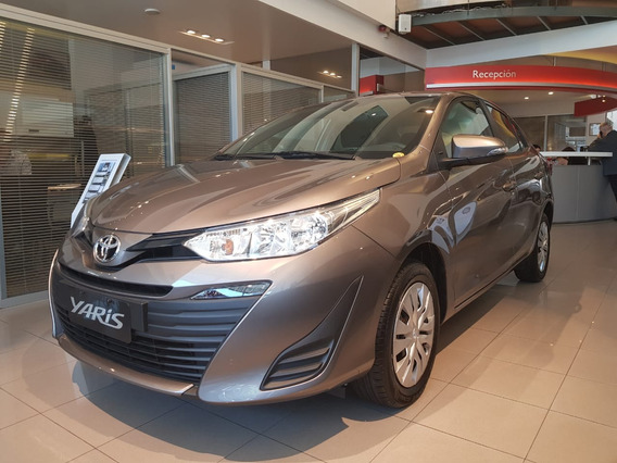 Toyota Yaris 1.5 107cv Xs 4 Puertas 0km Kansai