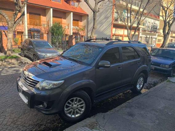 Toyota Sw4 3.0 Srv Cuero I 171cv 4x4 5at 2013