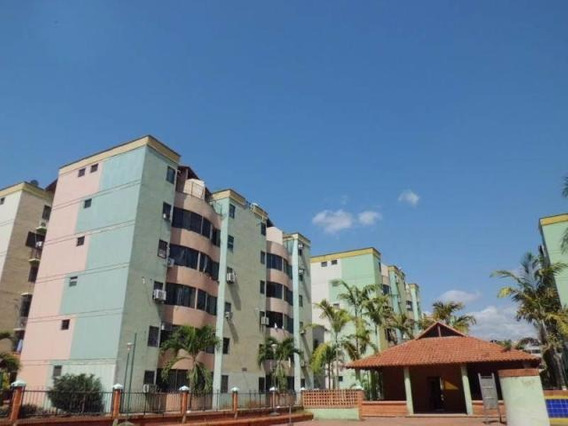 Apartamentos En Venta Valencia Carabobo 19-19342 Prr