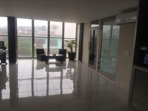Edificio De Oficinas En Renta, Matamoros, Col. Centro.