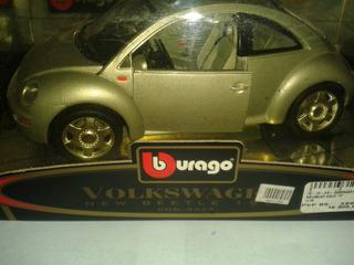 Burago Escala 1-18 Volkswagen New Beetle 1998