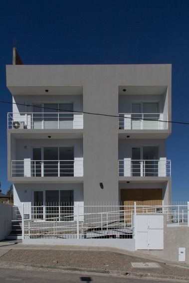 Departamento De 1 Dormitorio Y Amplio Balcón- Terraza En Nqn