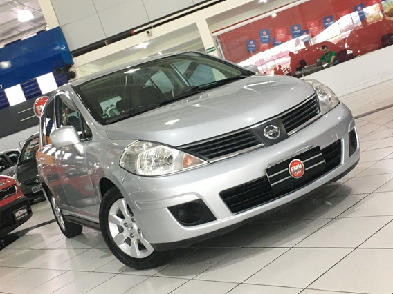 Nissan Tiida Hatch 1.8 Automático 2009 - Prata