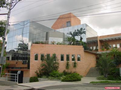 Edificio De Oficinas En Alquiler El Viñedo / En Buenas Manos