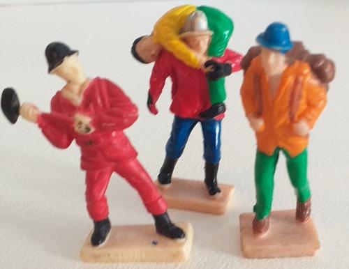 Imagen 1 de 10 de Lote X 3 Figuras Oficios Soldadito Muñeco Retro Vintage