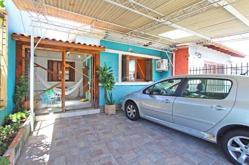 Casa Em Hípica Com 3 Dormitórios - Ot7112