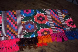 Mantel Xochistlahuaca Bordado A Mano Para Mesa De 6 Sillas