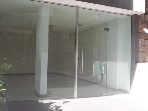 Local | Ellauri, Jose Al 800