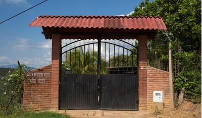 Casa Campestre, Venta A Puerta Cerrada.