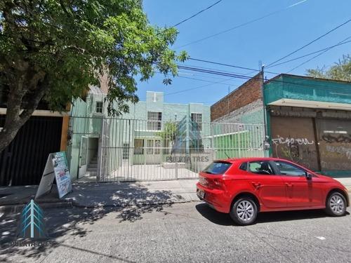 Casa Habilitada Como Clínica En Col. Agustín Yáñez