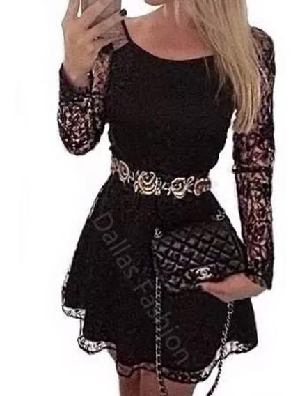 Vestido Rodado Em Renda Com Mangas Longas M001e