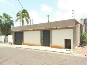 Oficina En Venta Paraiso Maracaibo Mls # 20-7498