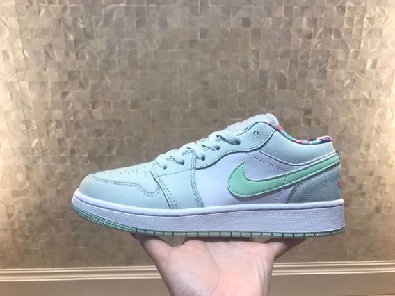Tênis Nike Jordan 1 Low Barely Grey Frosted Spruce