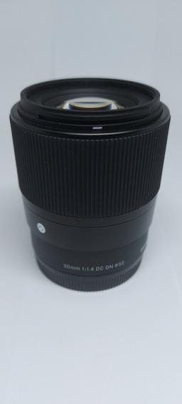 Lente Sigma 30mm F 1.4 Sony