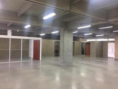 Oficinas En Arriendo Aguacatala 622-10359