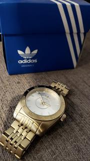 Reloj Dorado adidas Sumergible