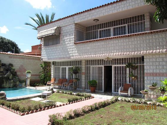 Casa En Venta En Caracas Urbanización Vista Alegre Rent A House Tubieninmuebles Mls 20-11869