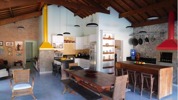 Casa Centro C/ Muito Bom Gosto A Venda Na Praia De Peruíbe