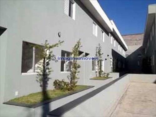 Imagem 1 de 6 de Sobrado Em Condomínio Na Água Rasa Com 2 Dorms Sendo 2 Suítes, 1 Vaga, 65m² - So0330