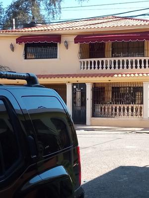 Casa Autopista De San Isidro