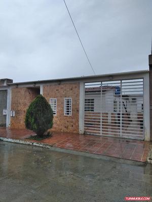 Casas En Venta En La Ciudadela Cagua 04127520108