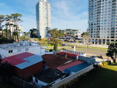 Muy Buena Unidad Ideal Para Vivir Todo El Año A Metros De Punta Shopping - Ref: 227