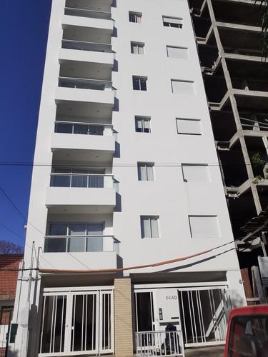 Imagen 1 de 14 de Vendo Depto Un Dormitorio A Estrenar!!calle 16 Entre 61 Y 62
