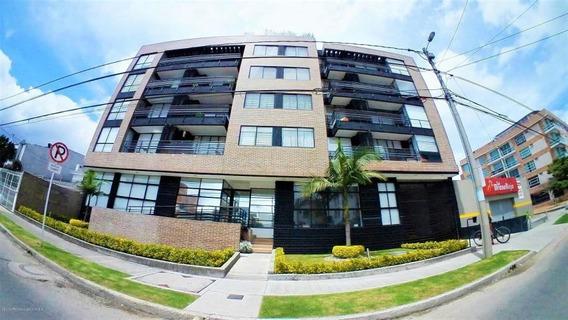 Vendo Apartamento En Niza Bogota Mls 19-781 Lq
