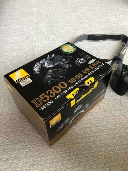 Nikon D5300 Com Lente 18-55mm - Bem Conservada, Na Caixa!