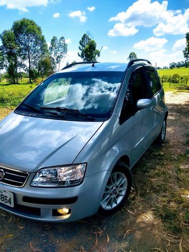 Imagem 1 de 7 de Fiat Idea 2009 1.4 Elx Flex 5p
