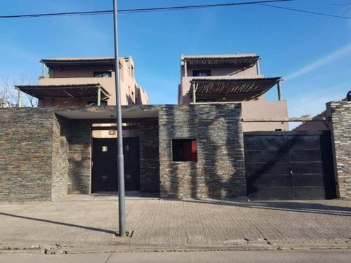 Departamento En Pilar Con Estacionamiento