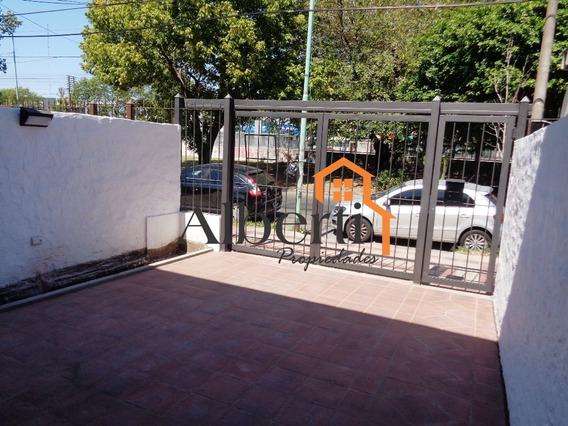 Hermoso Duplex Totalmente Reciclado A Nuevo