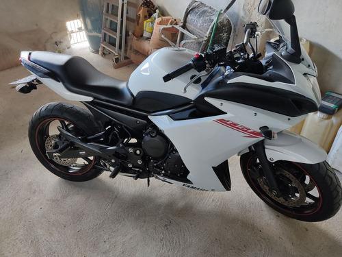 Imagem 1 de 5 de Yamaha Xj6 F