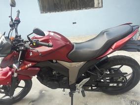 Moto Suzuki Gilxxer