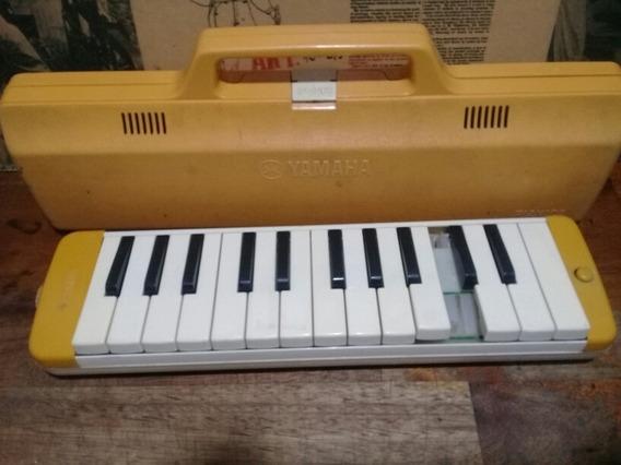 Pianica Yamaha A Reparar